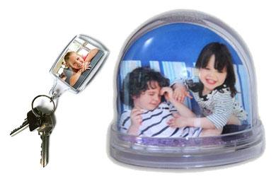 photo keyring and photo snow globe