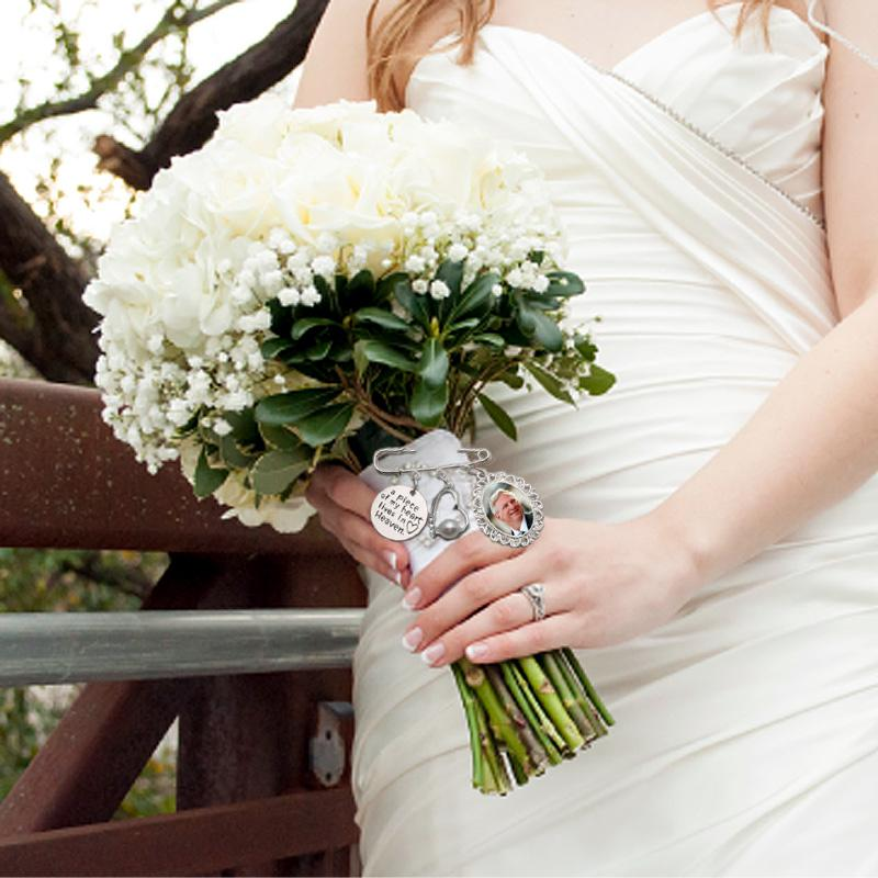 remember a loved one with a wedding bouquet charm